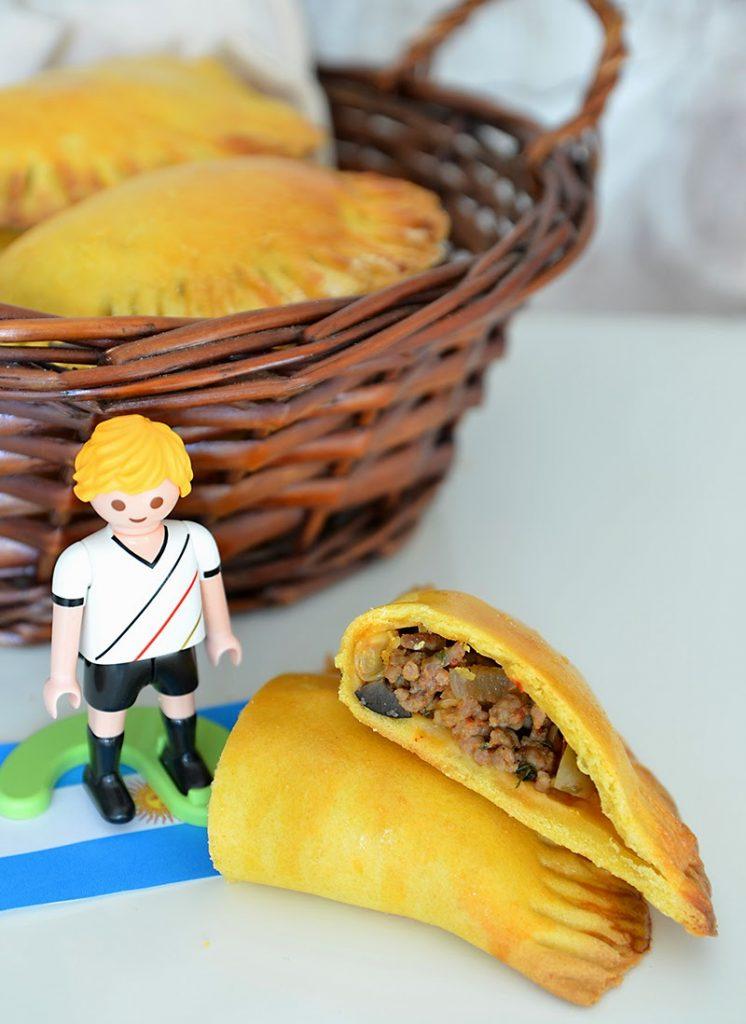 Empanadas mit pikanter Hackfleischfüllung