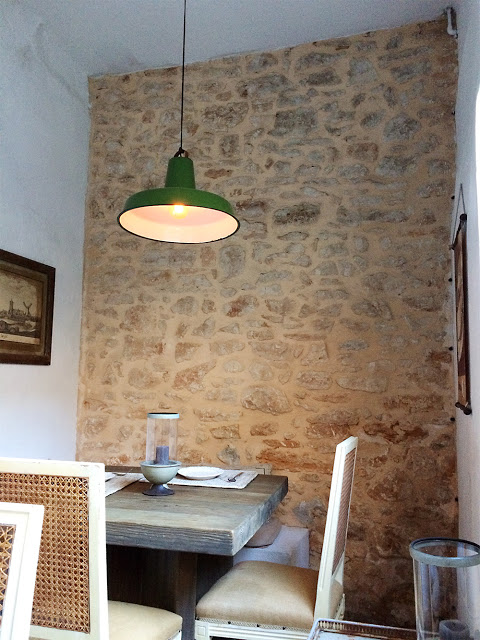 Shopping und Essen im Gran Café & Restaurant Cassai
