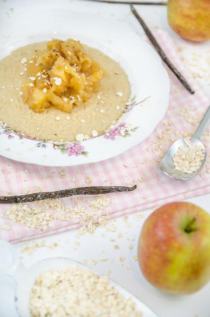 Vanille Porridge mit Apfelmus