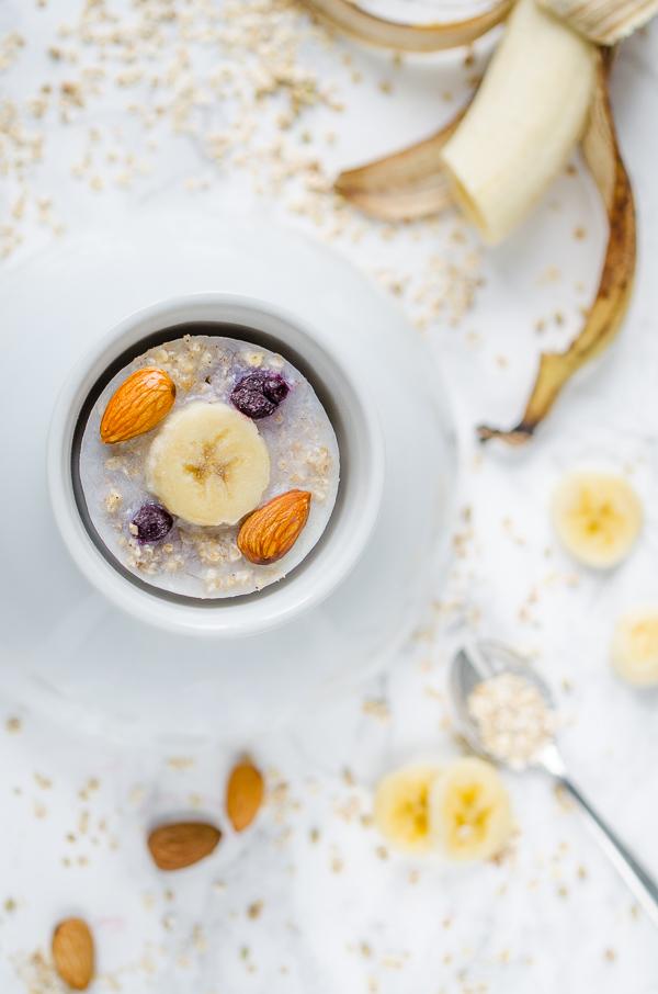 vegane Oatmeal Cups zum Einfrieren mit Banane und Mandel